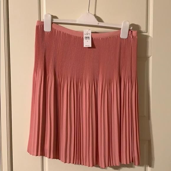 LOFT Dresses & Skirts - NWT Loft pink skirt
